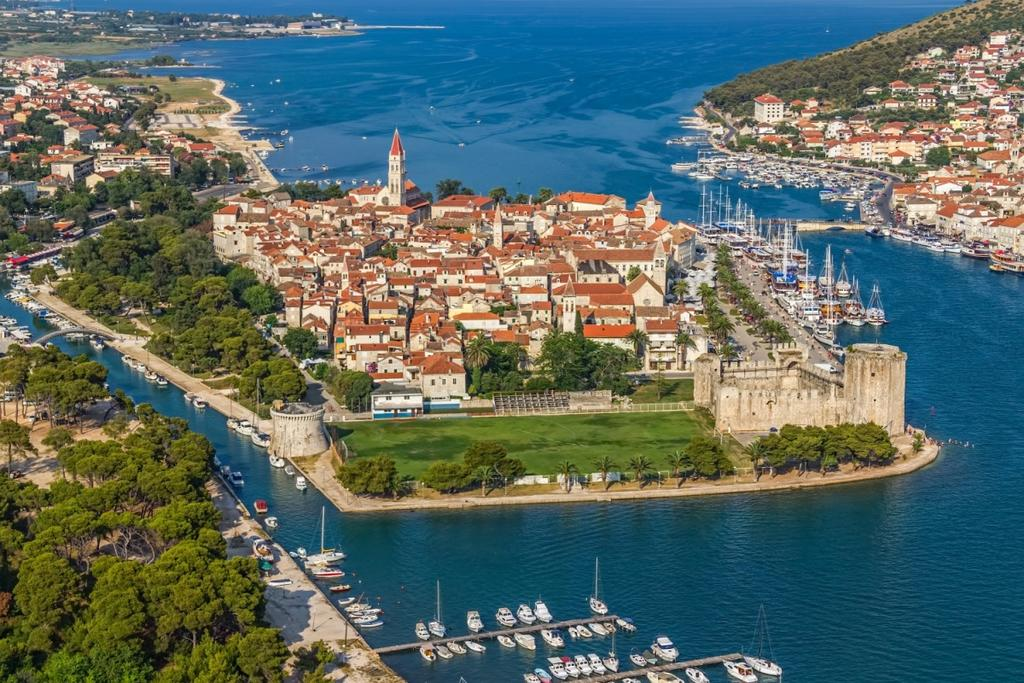 la-costa-croata-trogir-secret-world