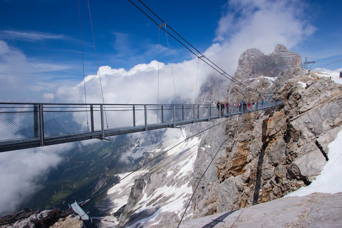 Dachstein glacier – Dachstein SkyWalk Brid...   Secret World