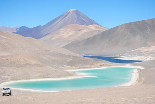 argentina-laguna-del-peinado-and-the-flamingoes-secret-world