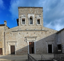 spoleto-the-basilica-of-san-salvatore