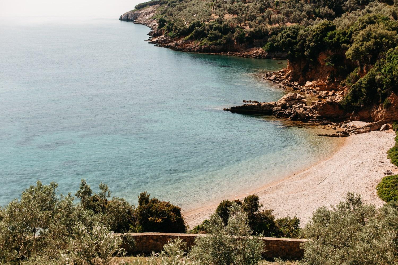 la-spiaggia-di-megali-ammos-secret-world