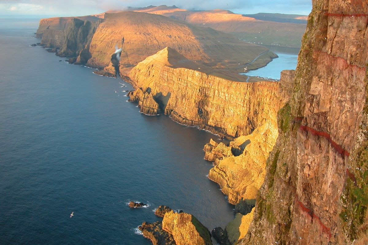incredible-faroe-islands-in-the-north-atlantic-halfwa-secret-world