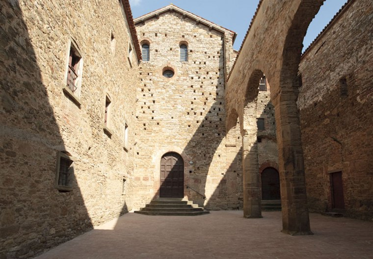 umbria-the-benedictine-abbey-of-badia-petroia-secret-world