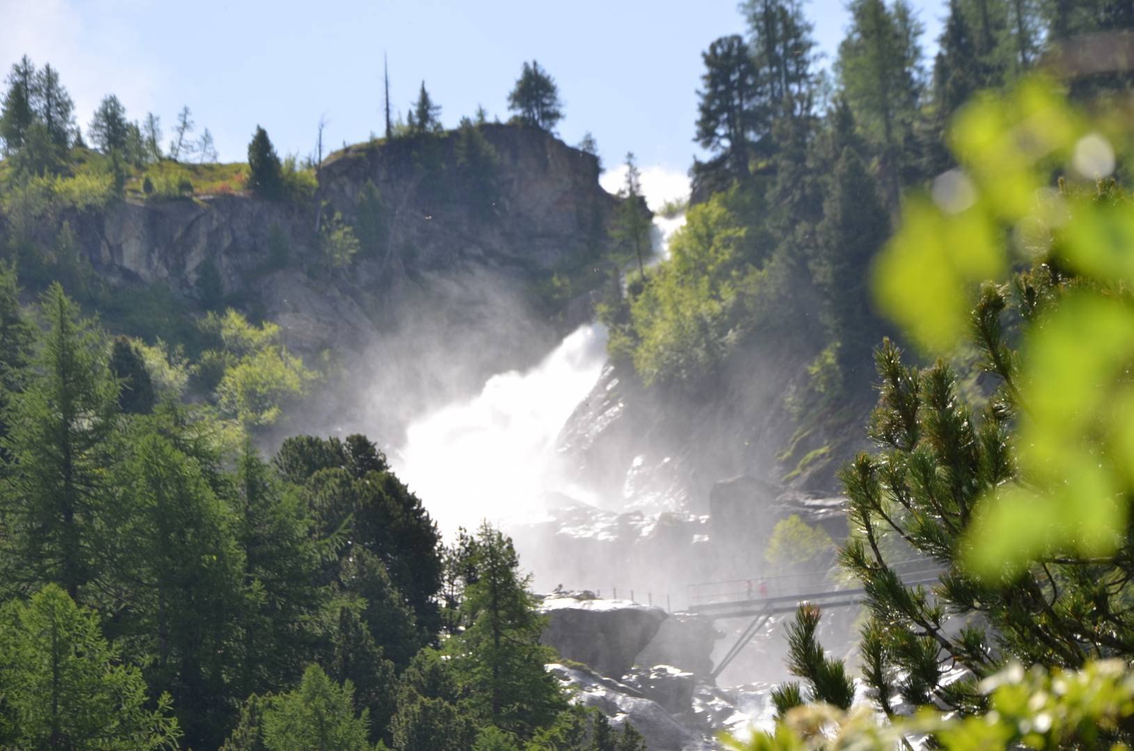 cascate-del-rutor-the-biggest-waterfall-in-italy-secret-world