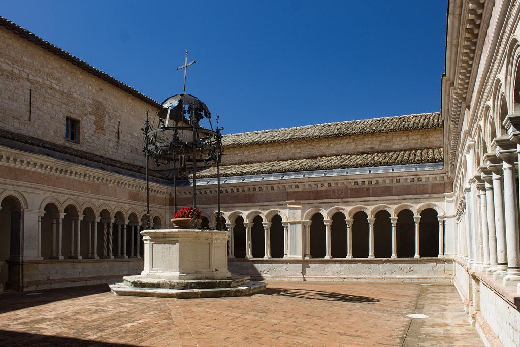 Abbazia di Santa Croce di Sassovivo