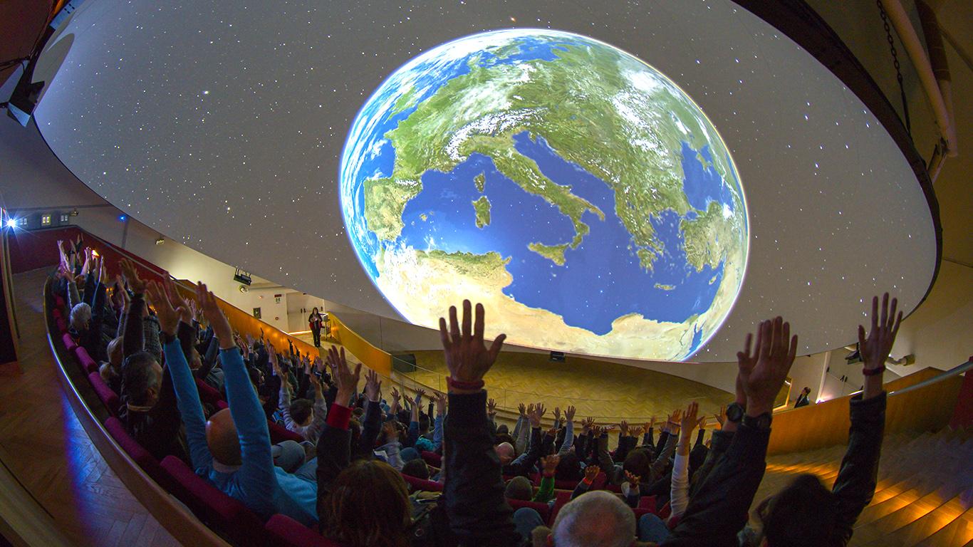 napoli-ed-il-nuovo-planetario-di-citta-della-scienza-secret-world