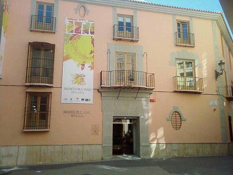 malaga-the-wine-and-the-wine-museum-secret-world