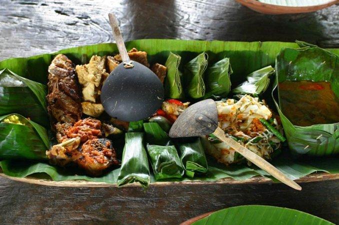 pepes-is-an-indonesian-sundanese-cooking-method-using-ba-secret-world