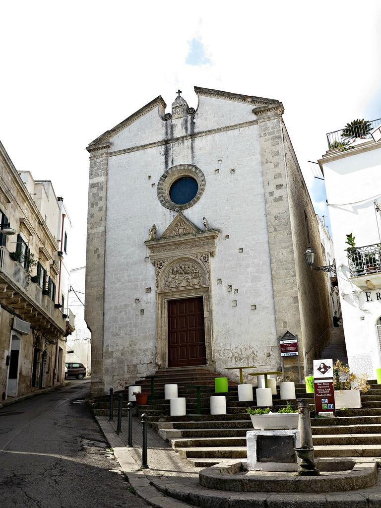 chiesa-dello-spirito-santo-ostuni-secret-world
