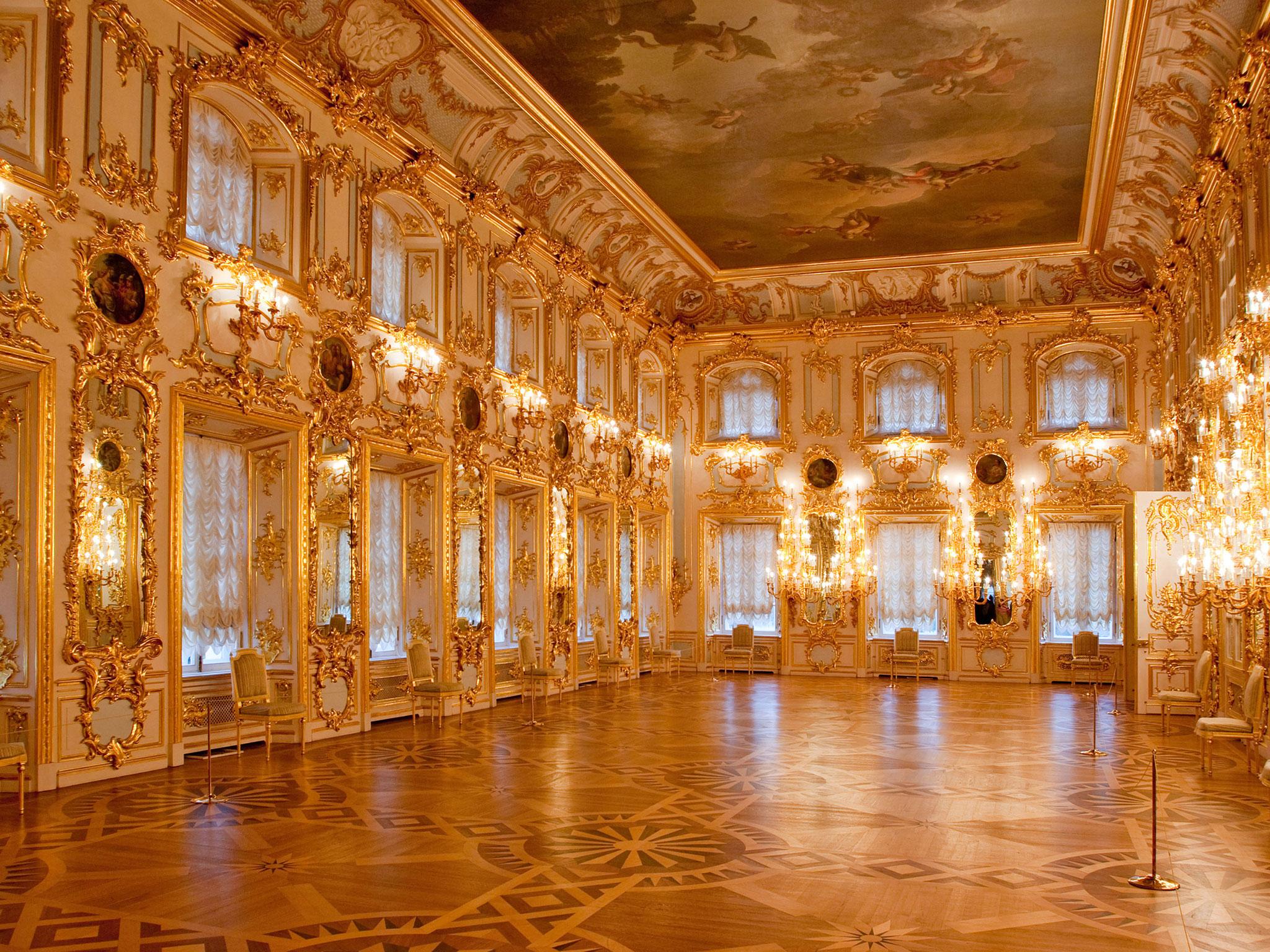 Peterhof (Petrodvorets)