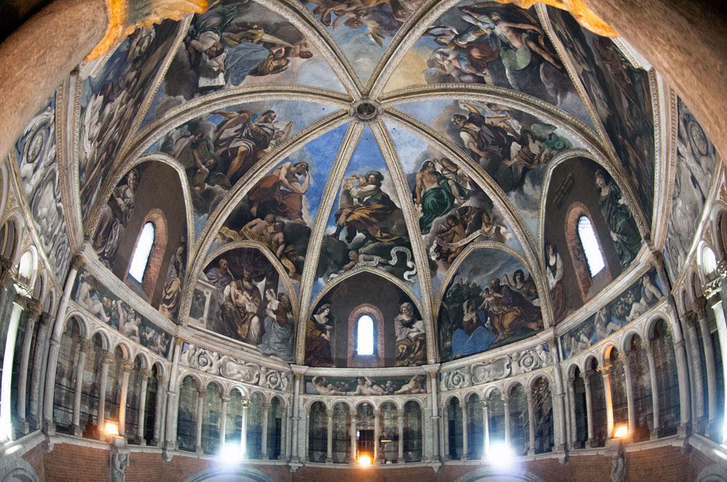 piacenza-pendakian-ke-dome-of-the-cathed-secret-world