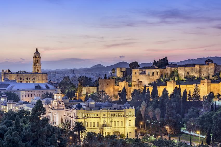 la-alcazaba-malagas-most-important-landmark-secret-world