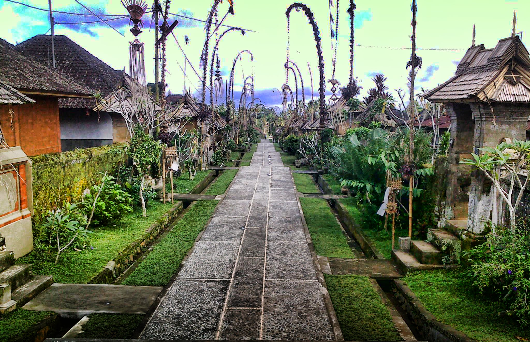 balis-mount-batur-penglipuran-village-secret-world