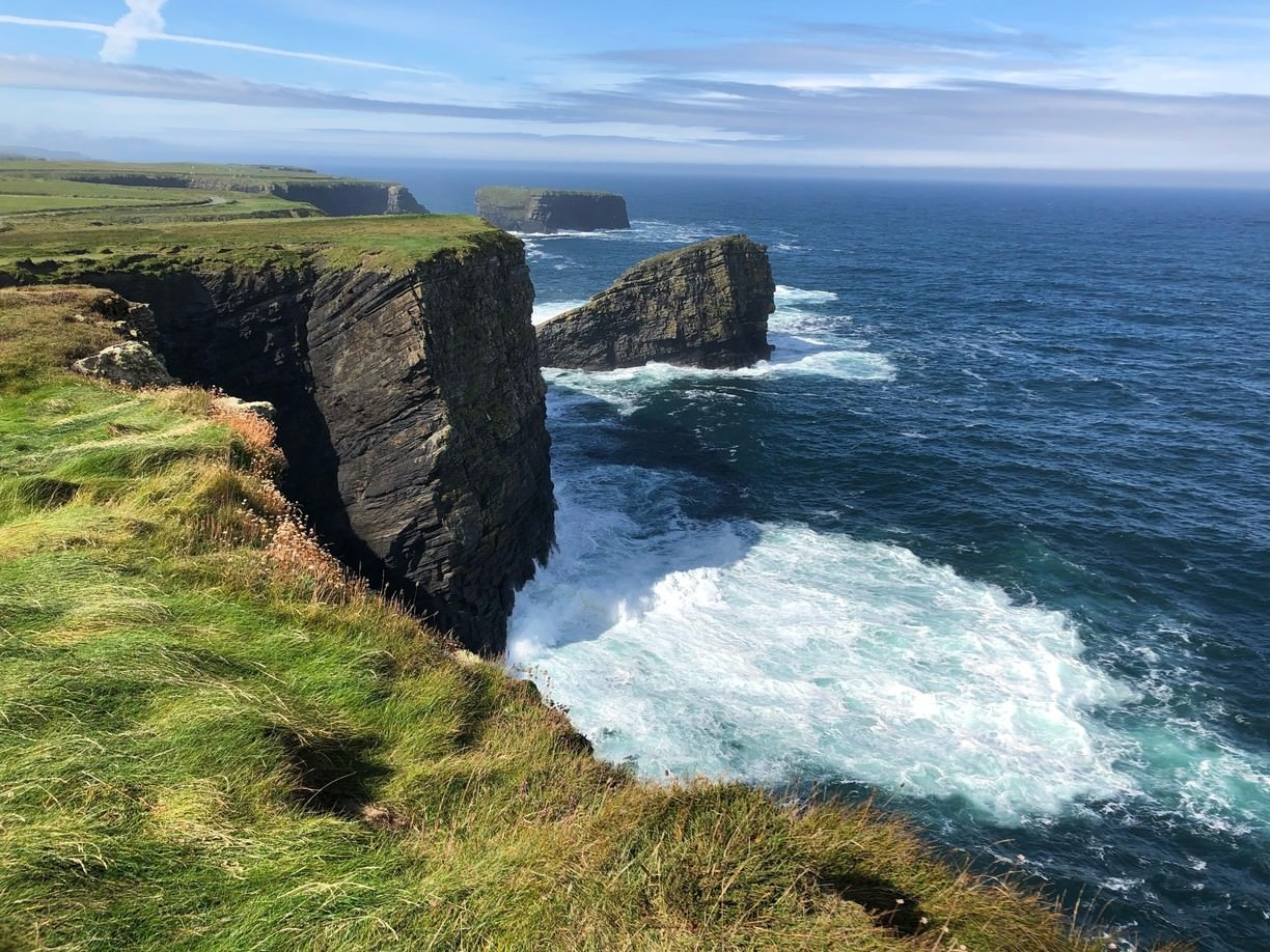 irlanda-kilkee-cliffs-and-you-can-forget-the-cliffs-of-secret-world