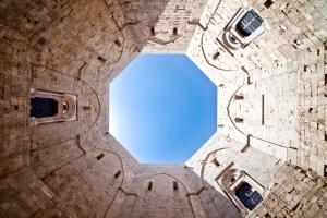 Castel del Monte... - Secret World