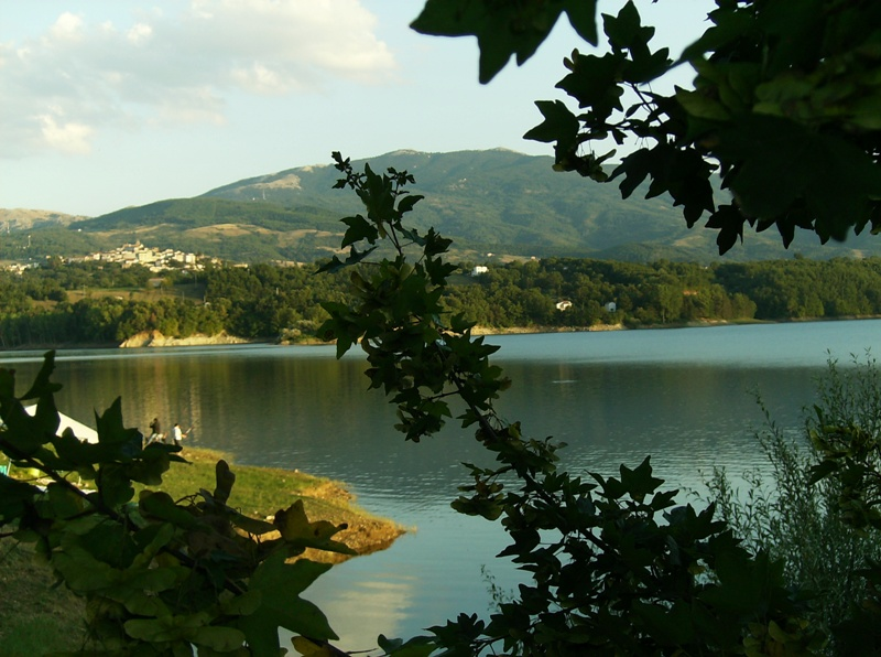 lago-del-pertusillo-secret-world