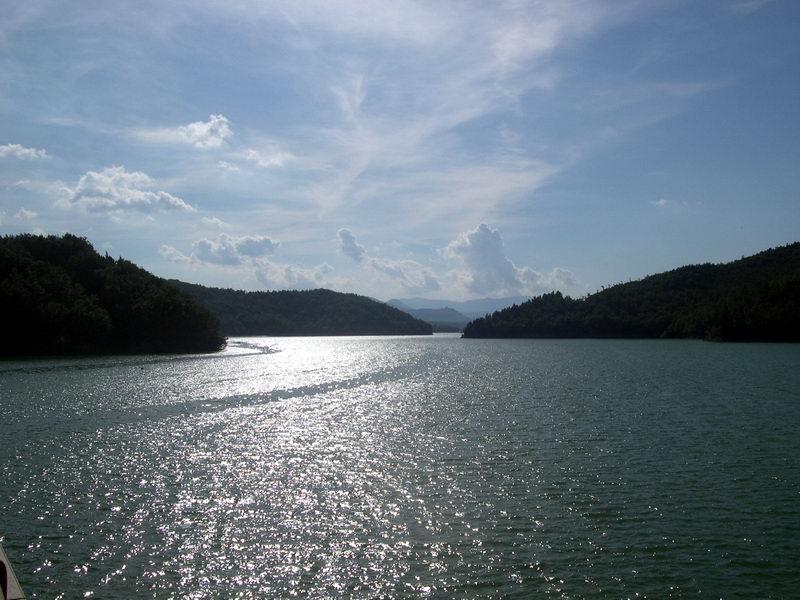lago-del-pertusillo-secret-world