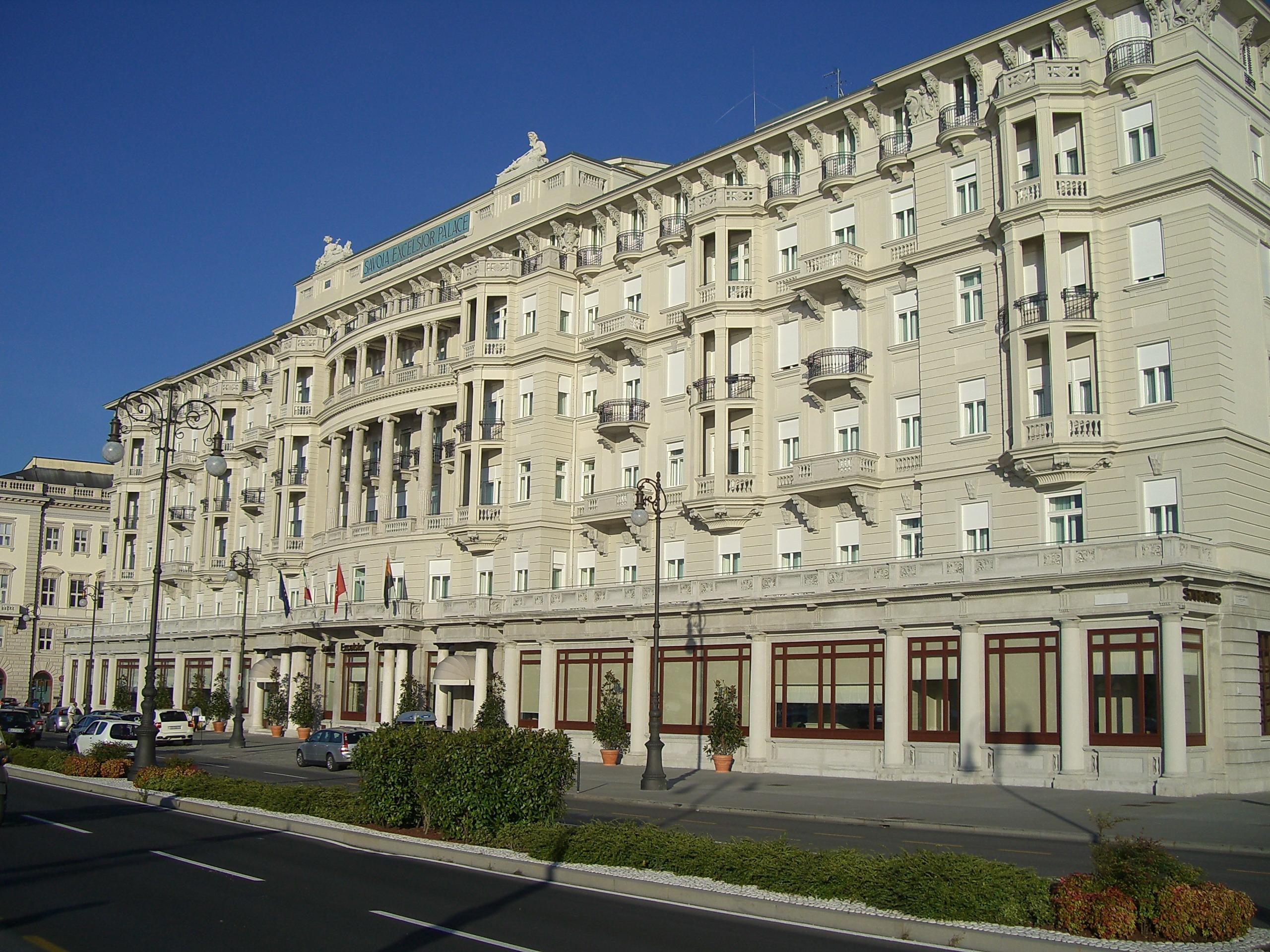 excelsior-palace-hotel-secret-world