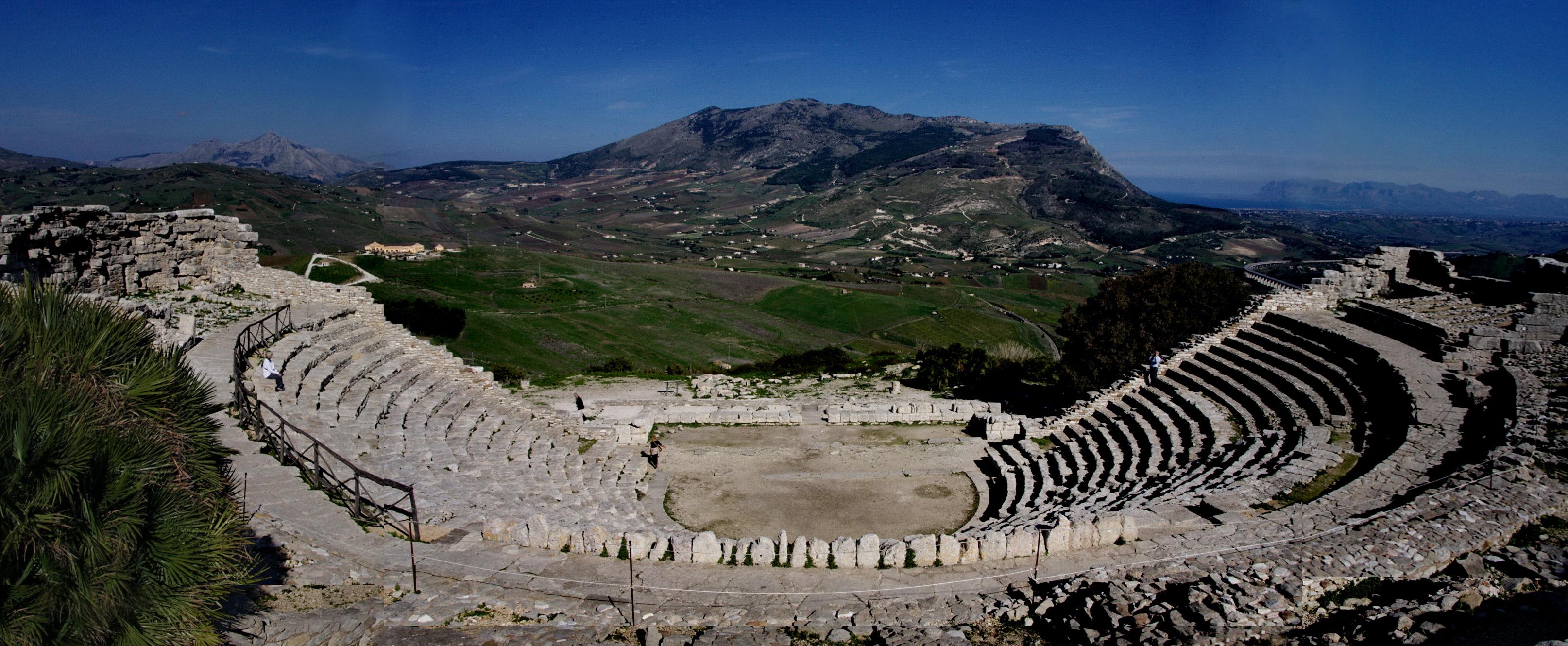 teatro-greco-di-segesta