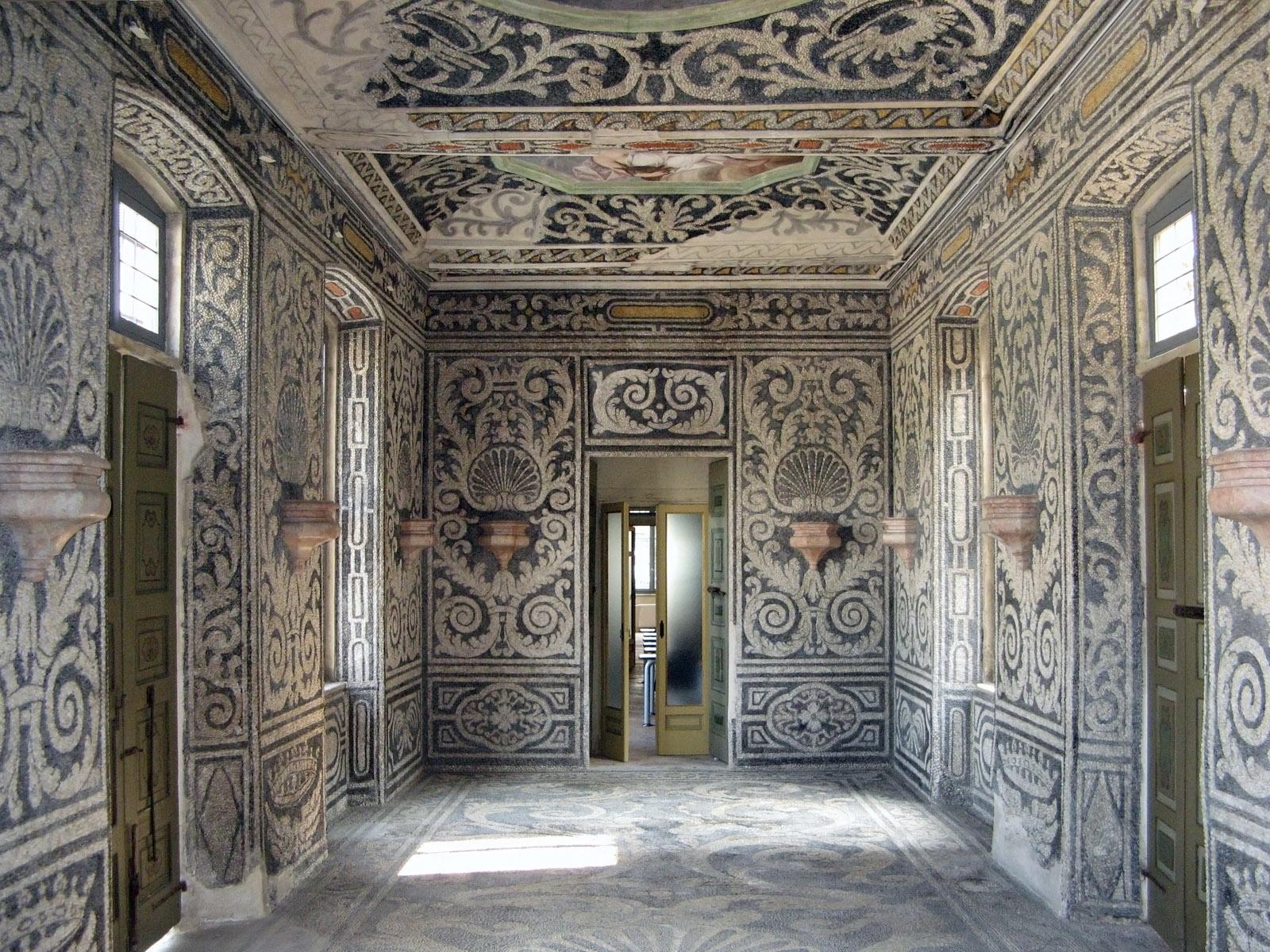 palazzo-arese-borromeo-secret-world