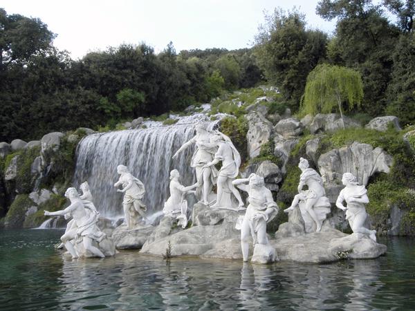 fontana-di-diana-ed-atteone-e-cascata