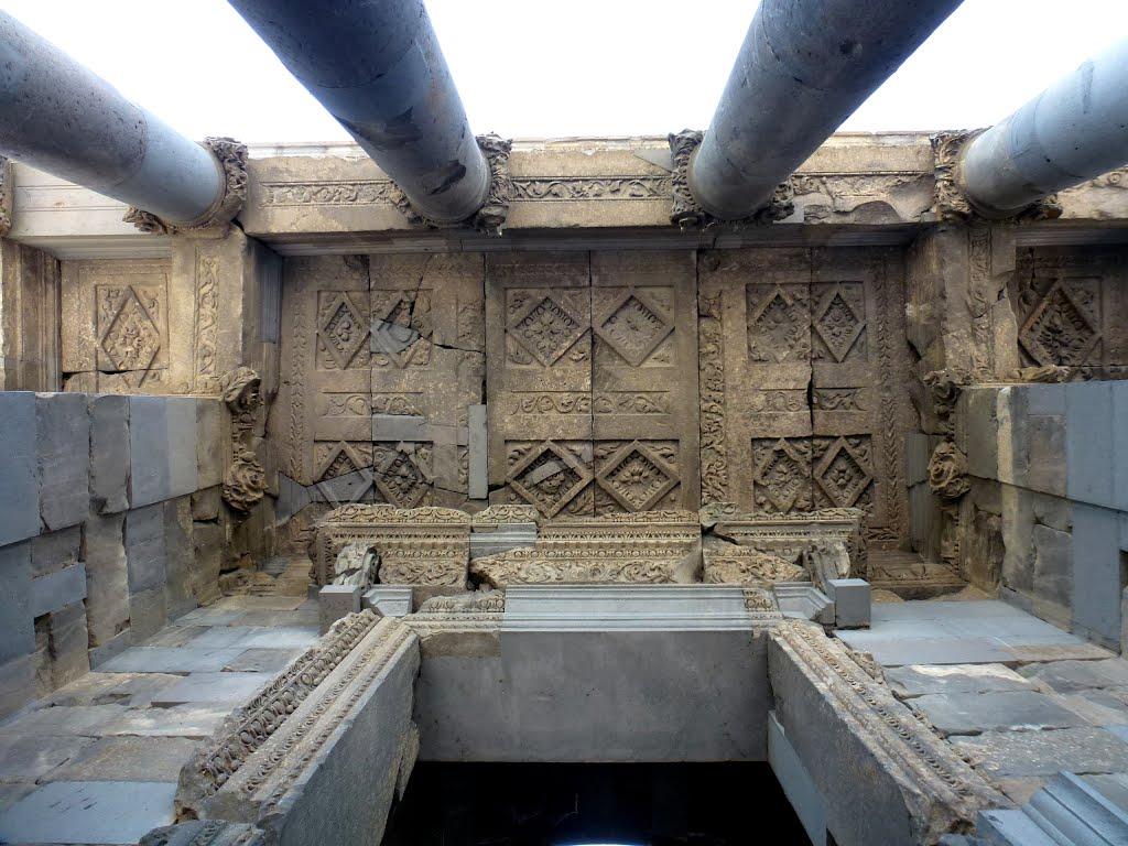 tempio-di-garni-secret-world