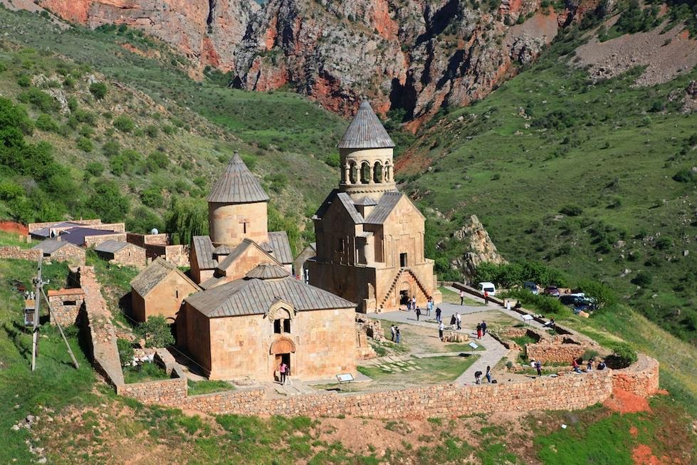 monastero-di-noravank-secret-world