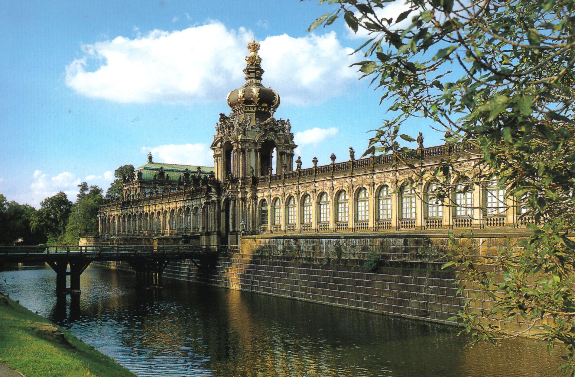 zwinger-palace-secret-world