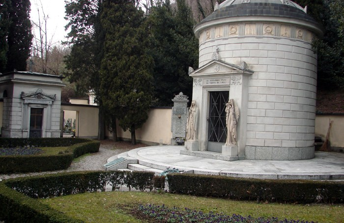 Tomba di Camnago o di Alessandro Volta