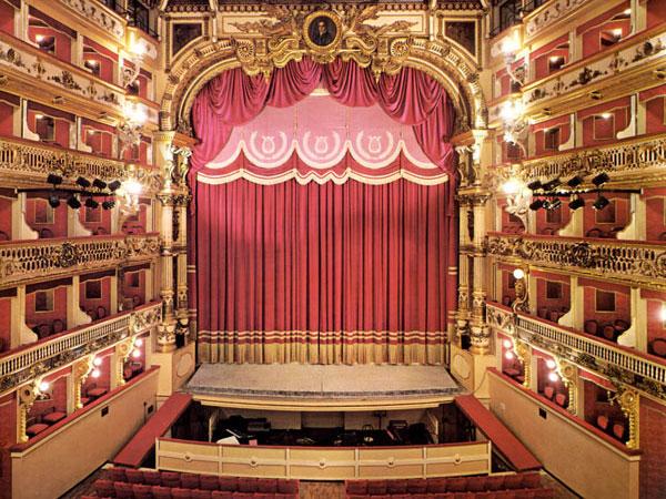 teatro-bellini-secret-world