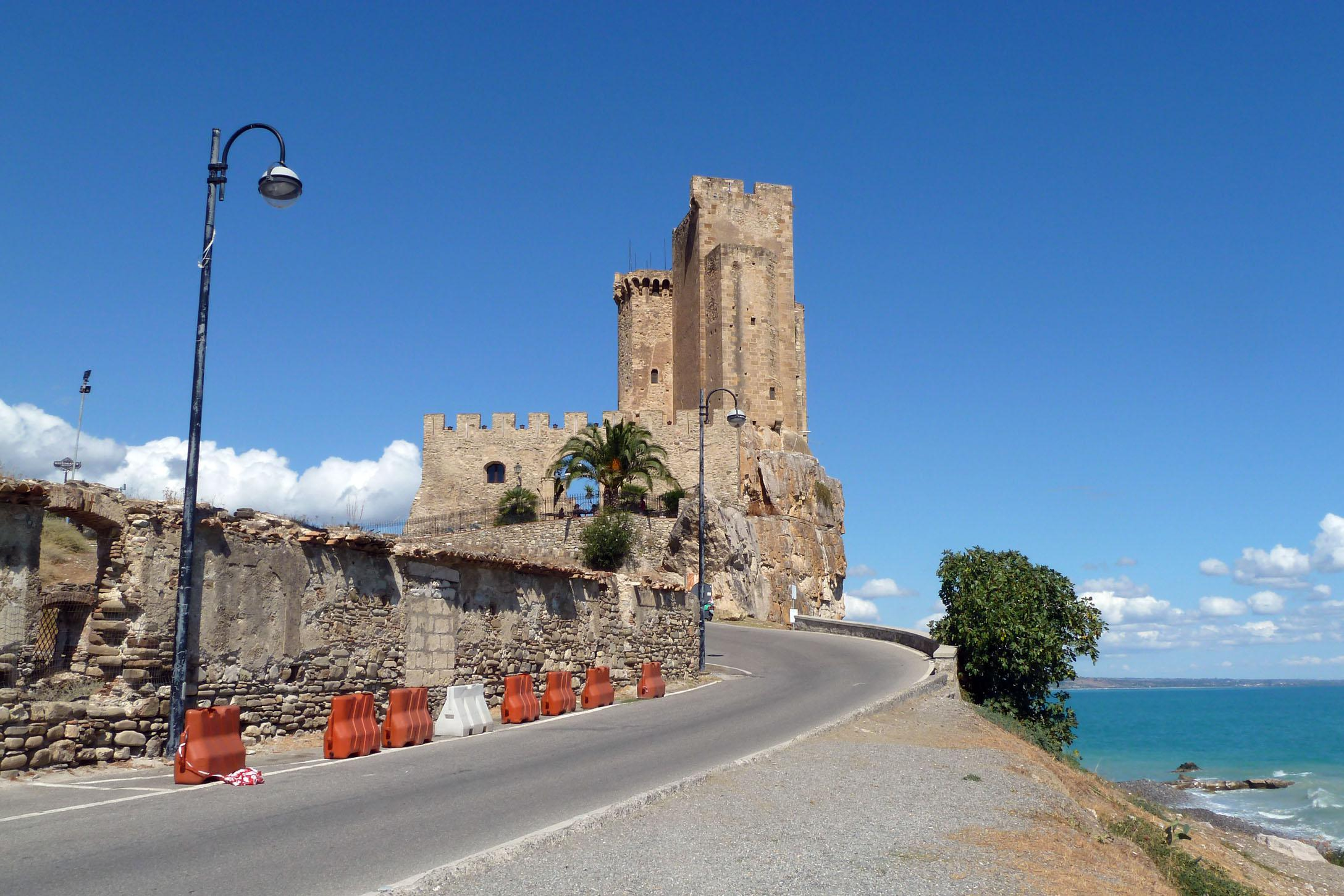 castello-templare-federiciano