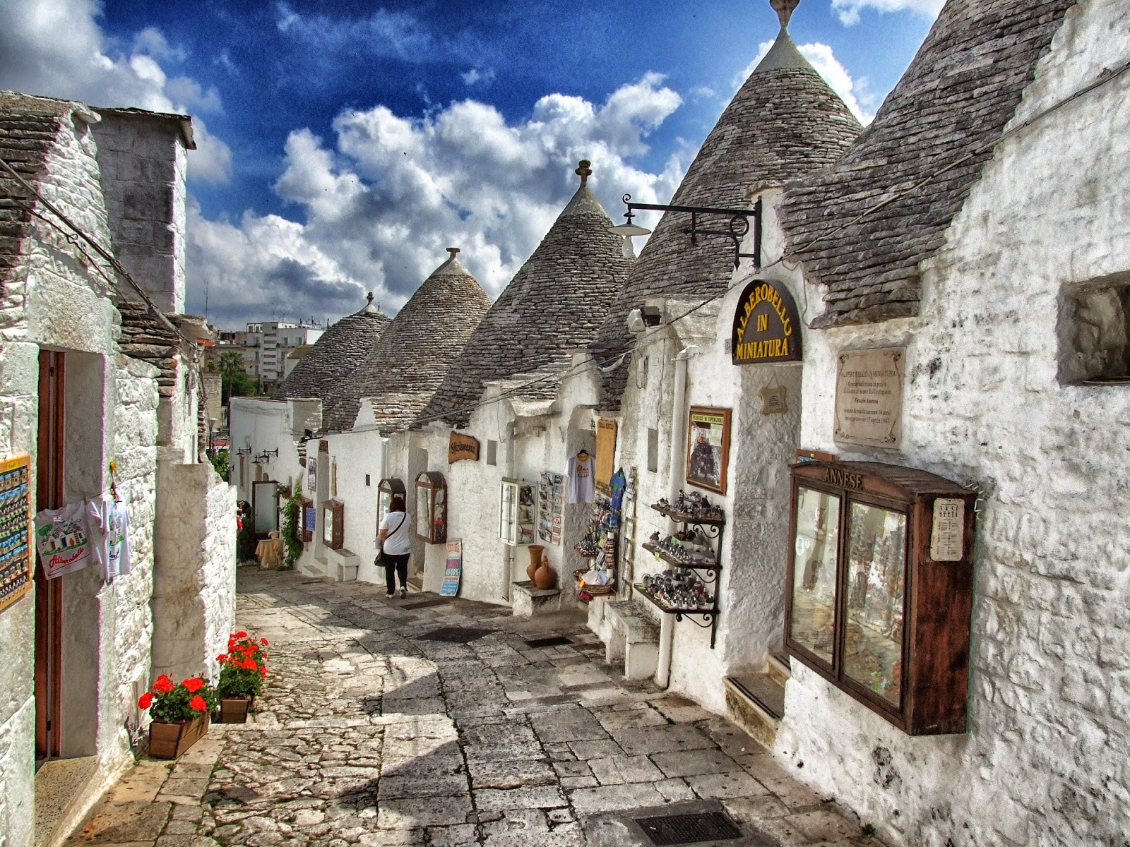 alberobello-e-i-suoi-trulli-secret-world