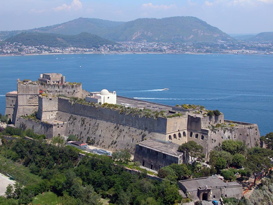 castello-aragonese-di-baia-bacoli