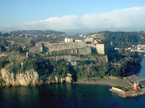 castello-aragonese-di-baia-bacoli-secret-world