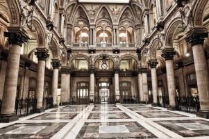Palazzo della Borsa... - Secret World