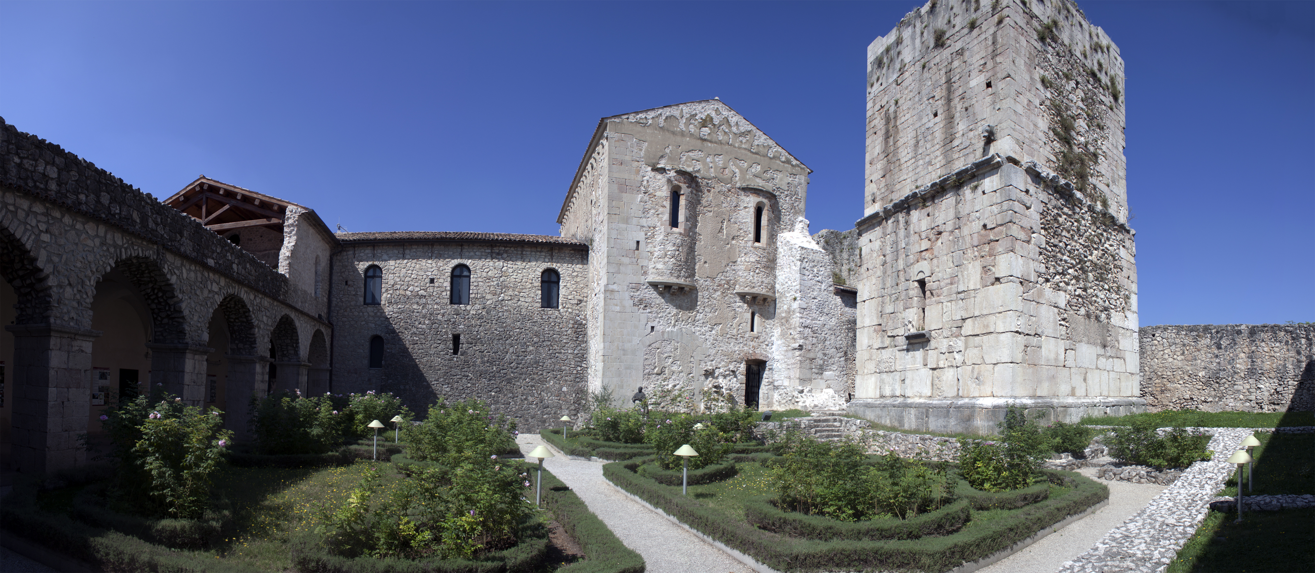 abbazia-del-goleto-e-lesoterismo-bianco-secret-world