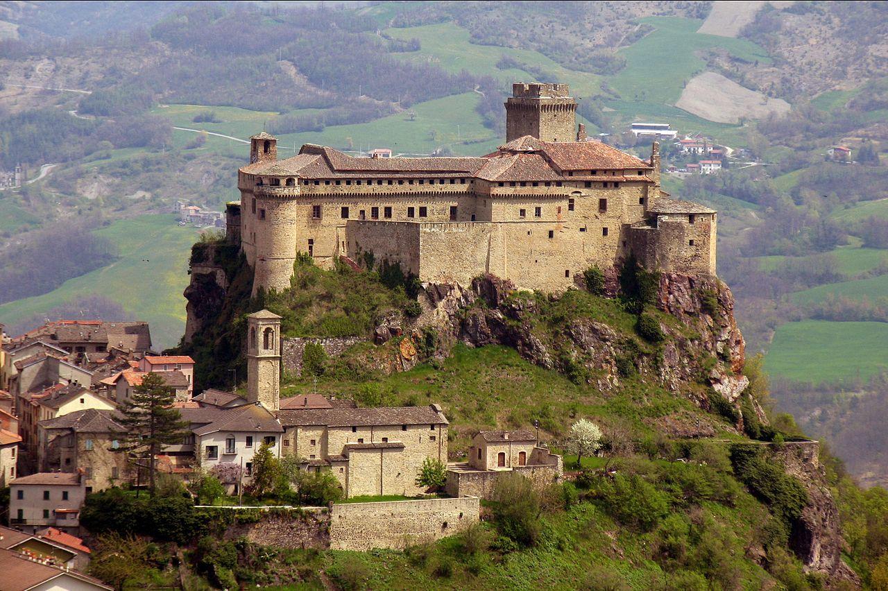 castello-di-bardi-val-ceno