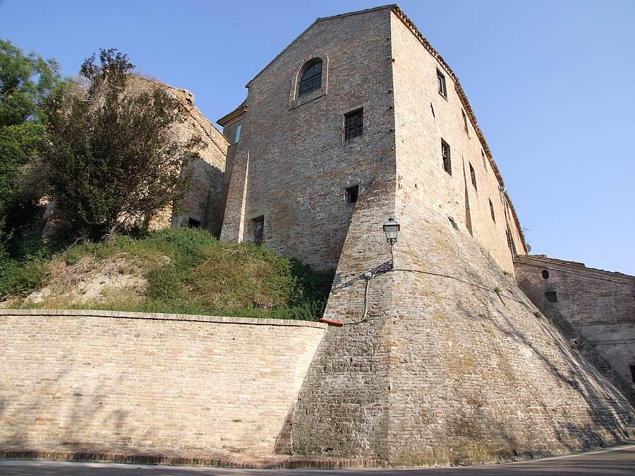 castello-pelagallo-e-monte-vidon-combatte-secret-world