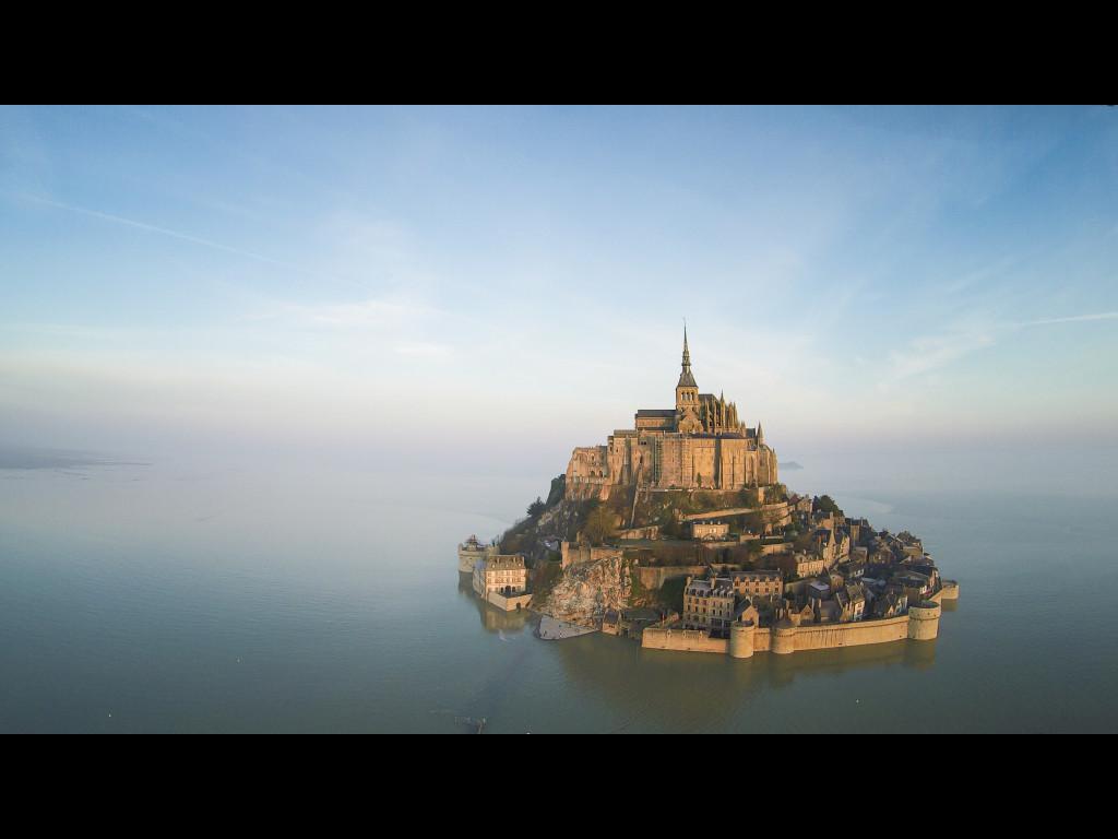 mont-saint-michel-secret-world
