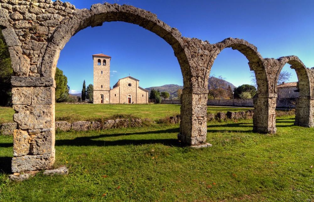 abbazia-di-san-vincenzo-al-volturno