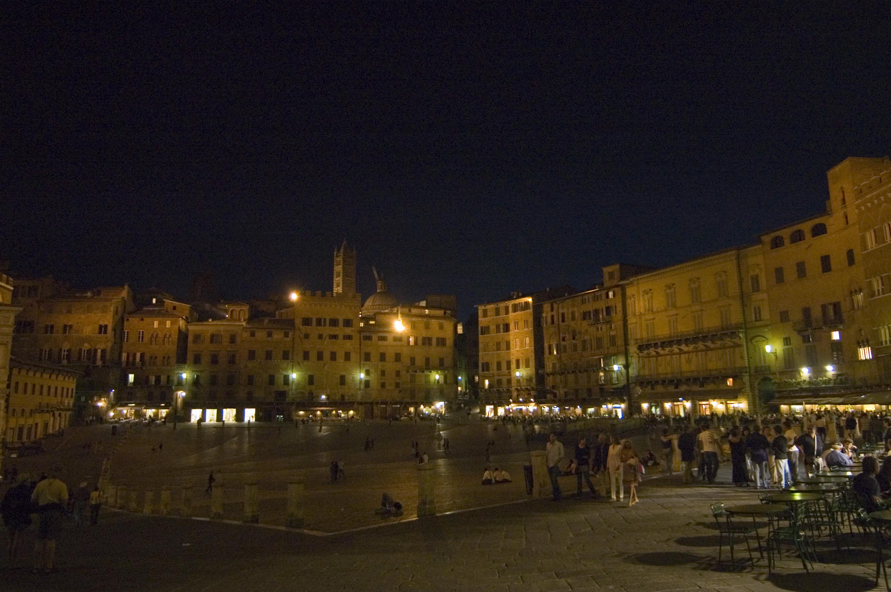 piazza-del-campo-secret-world