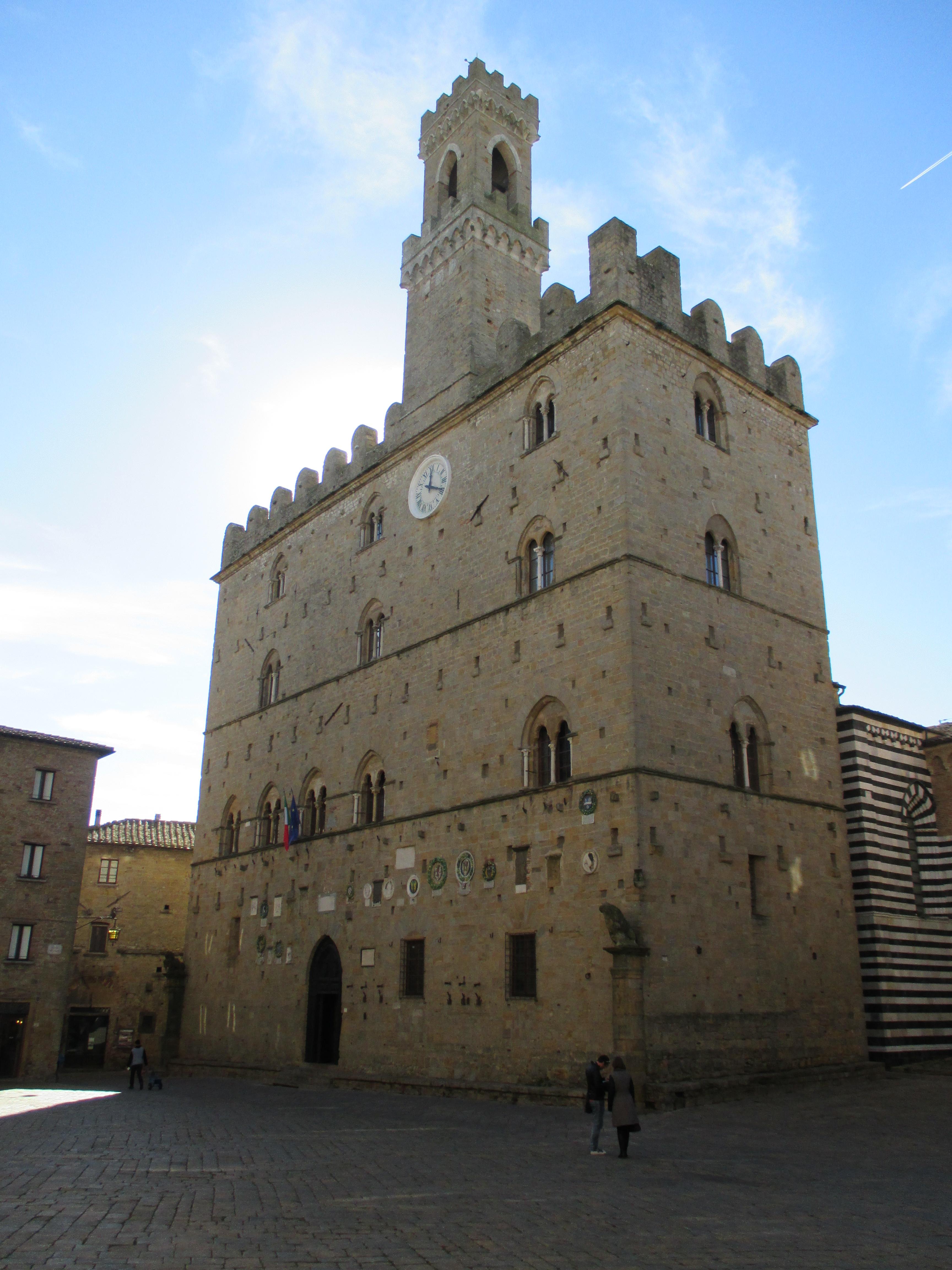 palazzo-dei-priori