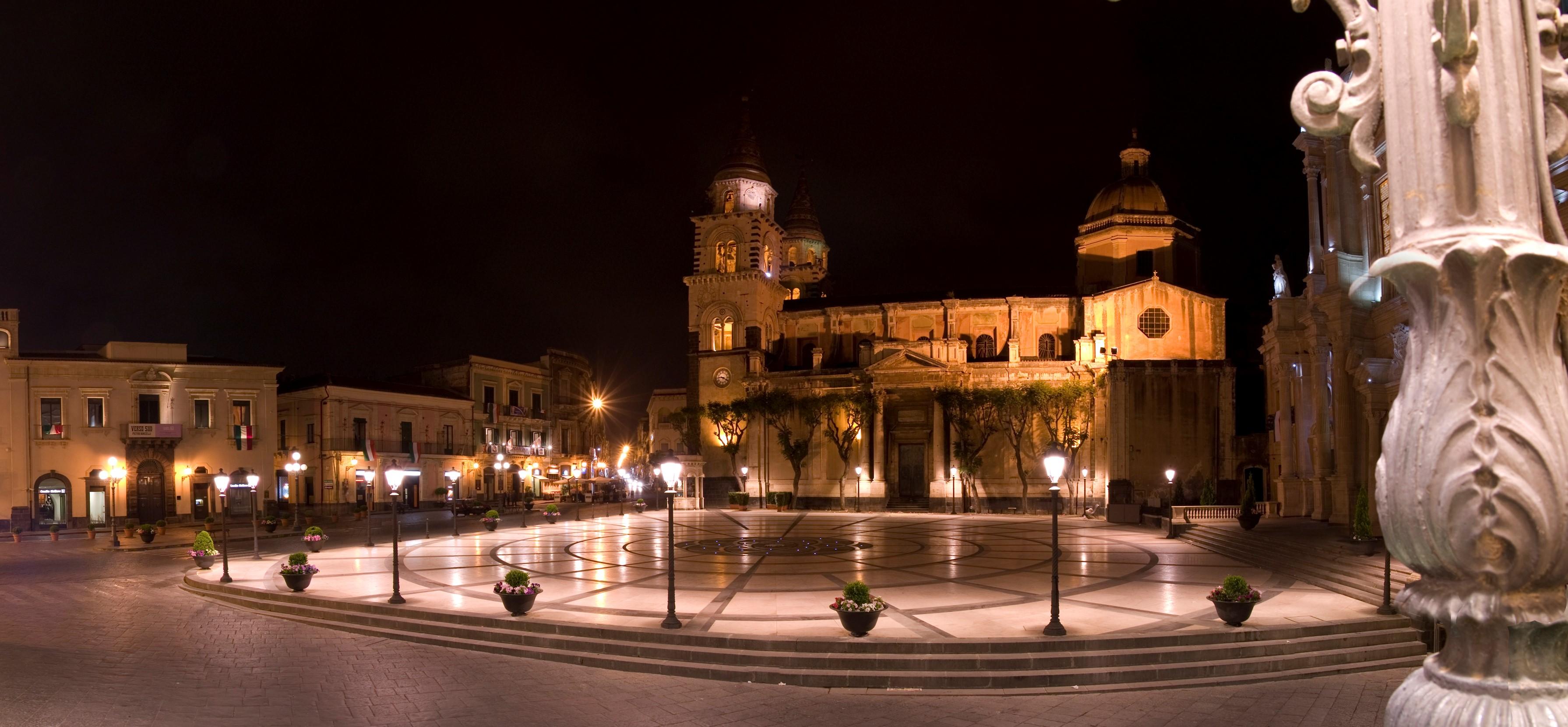 piazza-duomo-secret-world