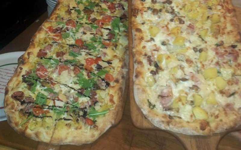 costiera-amalfitana-pizza-al-metro-secret-world