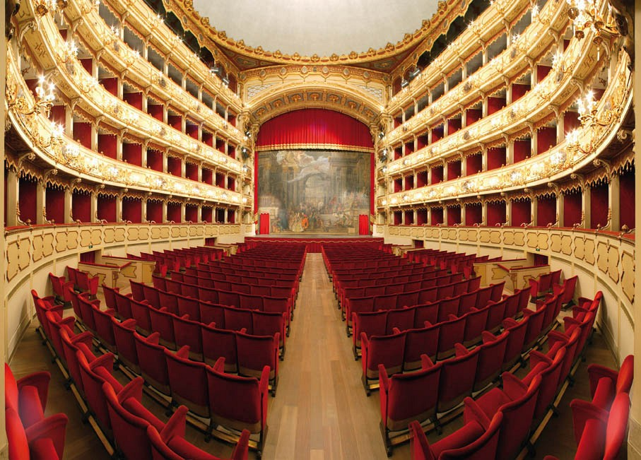 teatro-ponchielli-secret-world
