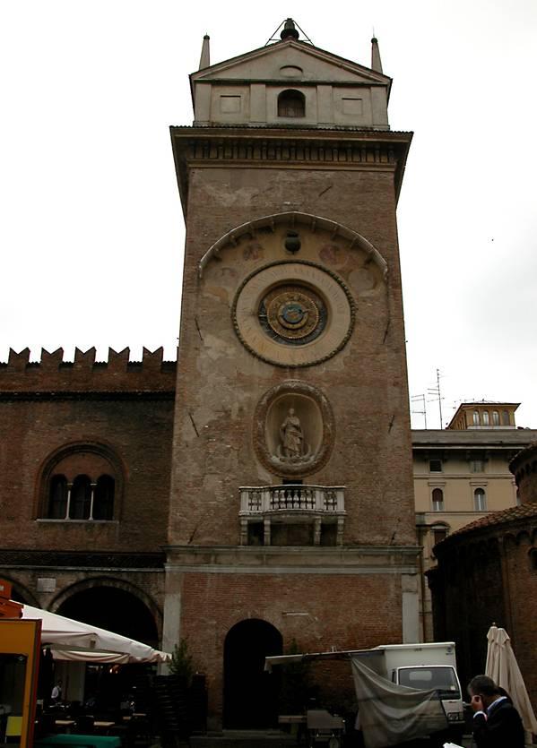 torre-dellorologio-e-museo-del-tempo-secret-world