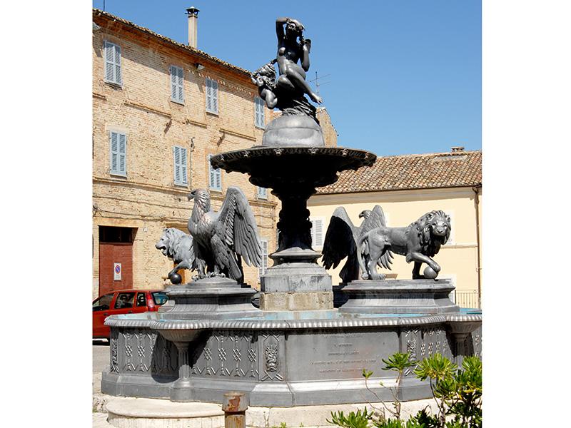 Fontana della Dea Flora