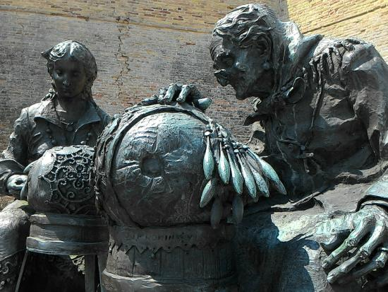 Fontana monumento alla Merlettaia