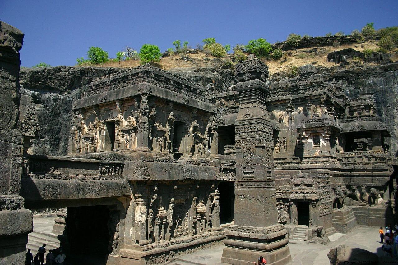 ellora-caves-unesco-heritage-of-india-secret-world