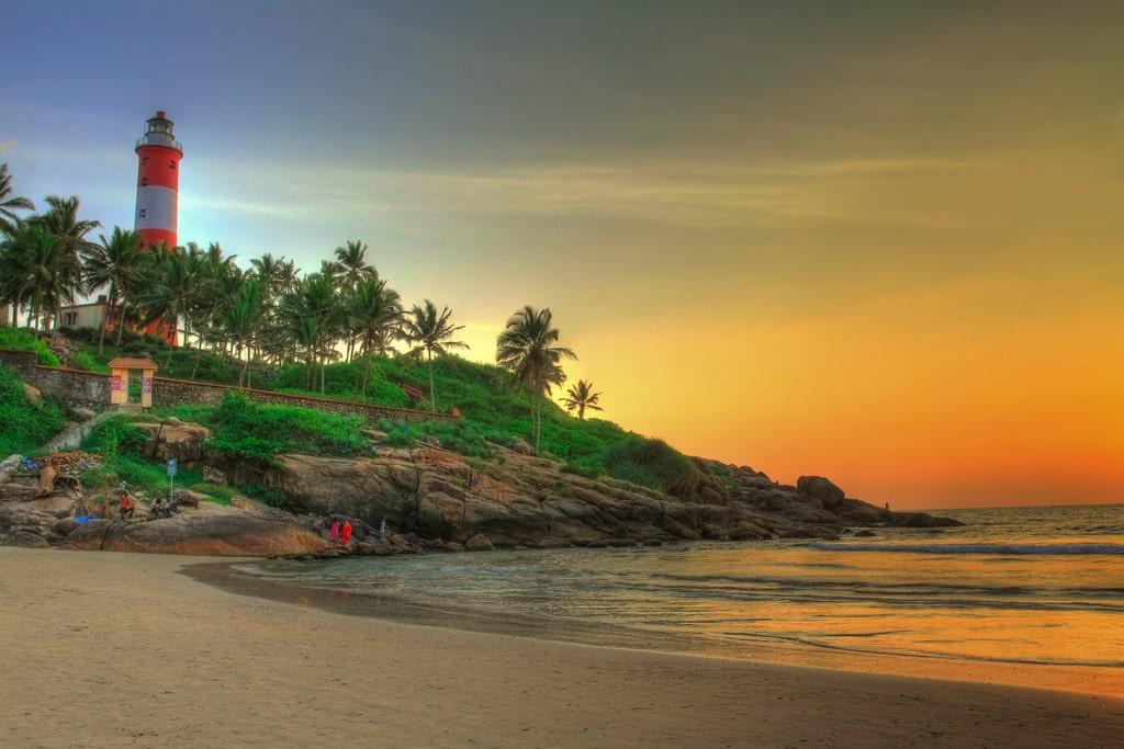 kerala-light-house-beach-secret-world
